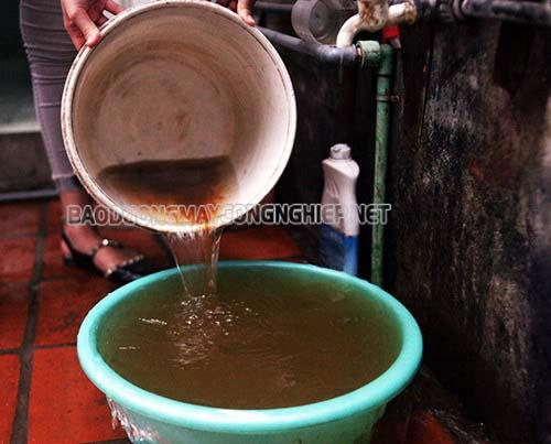 Nguồn nước nhiều cặn bẩn sẽ dẫn tới tình trạng không ra nước ở máy rửa xe