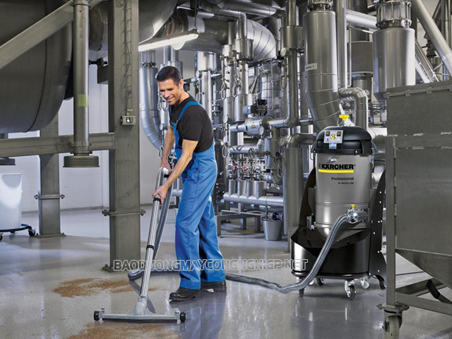 Máy hút bụi công nghiệp Karcher