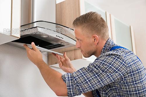 Thiết bị hút mùi cần được vệ sinh thường xuyên