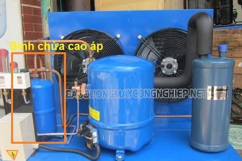Bình chứa cao cáp giúp chứa môi chất hệ thống