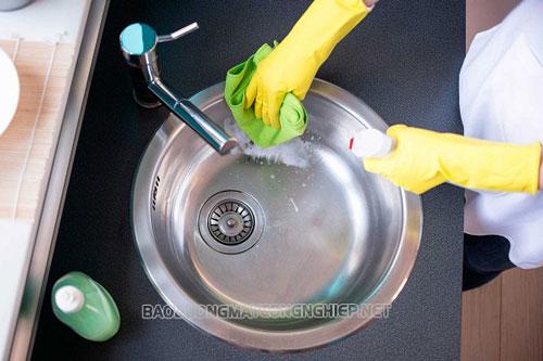 Hướng dẫn cách tẩy rửa các vật liệu bằng inox hiệu quả