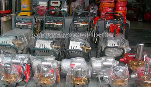 Người tiêu dùng nên tìm tới những tổng kho phân phối gốc để mua được máy rửa xe cao áp Đài Loan giá tốt