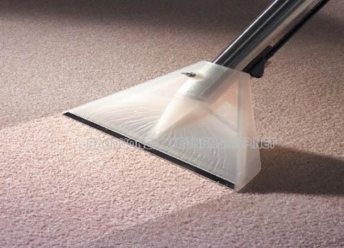 Sử dụng máy giặt thảm công nghiệp để giặt thảm trải sàn mang lại nhiều lợi ích thiết thực