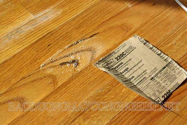 Sàn gỗ bị mốc ảnh hưởng đến thẩm mỹ ngôi nhà và tác động xấu tới sức khỏe con người